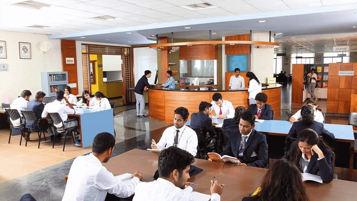 College projects in MBA