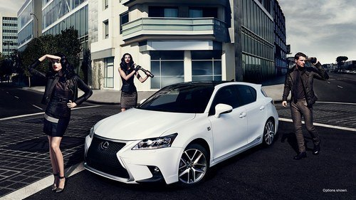 Marketing Mix Of Lexus 2