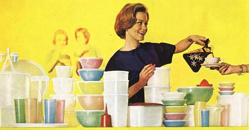 Marketing Mix of Tupperware 2