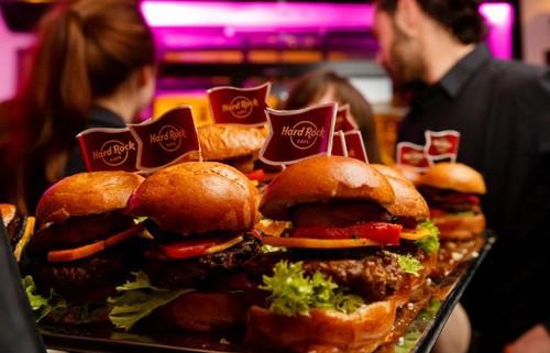 SWOT analysis of Hard Rock Cafe - 1