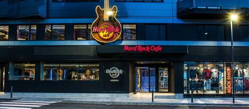 Marketing Strategy of Hard Rock Cafe - 1