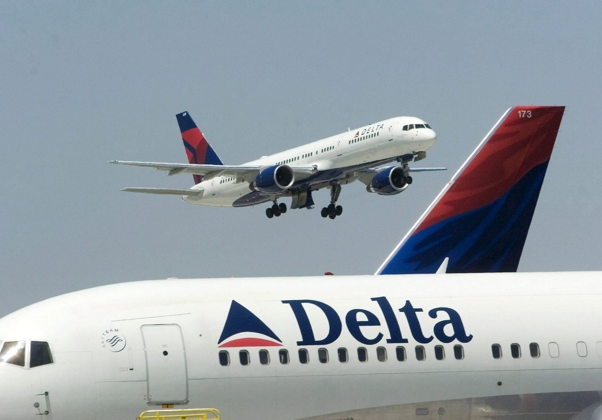 SWOT analysis of Delta Airlines - 3