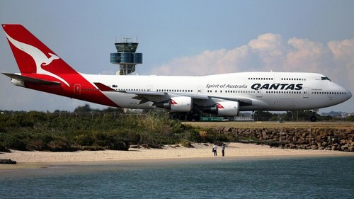 marketing and qantas Marketing essay help online: qantas airlines strategies introduction- qantas airlines australia's largest airline, qantas, connects to almost 1000 destinations across the world with its 30 airline partners.