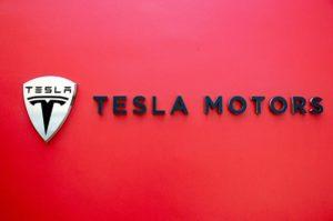 Marketing mix of Tesla Motors