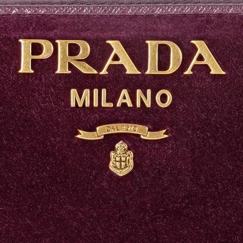 Marketing mix of Prada - 1