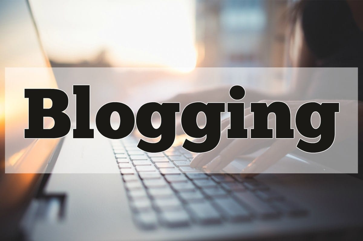 What is Blogging and difference between a Blog and a Website?