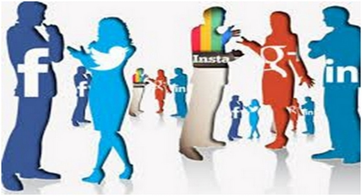 Impact of Social Media on Youth : Positive & Negative Effects of Social Media