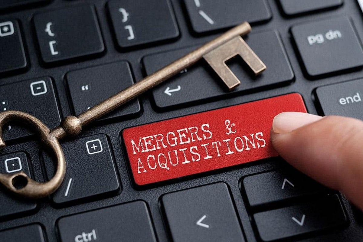 Difference Between Mergers and Acquisitions Explained in Detail