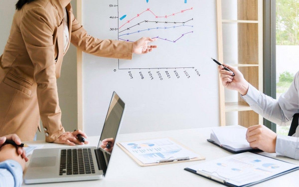 10 Types Of Sales Strategies to Increase Sales
