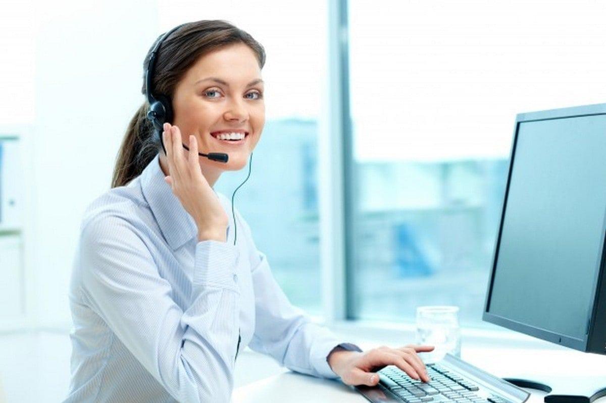Who Is A Customer Service Representative - 1