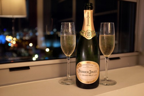 #4 Perrier – Jouet Champagne