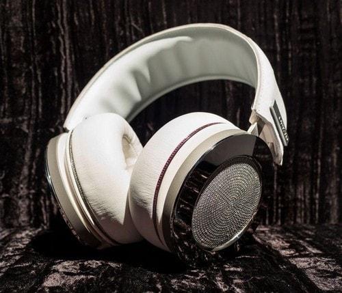 Most Expensive Headphones - Onkyo H900M with 20-karat Diamonds