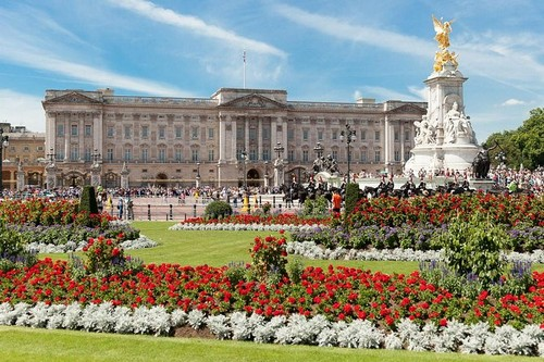 Buckingham Palace one of the most expensive homes