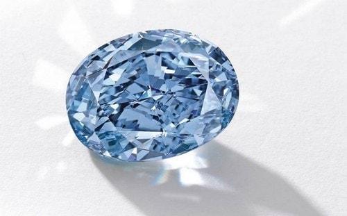 Chopard's Blue Diamond Ring