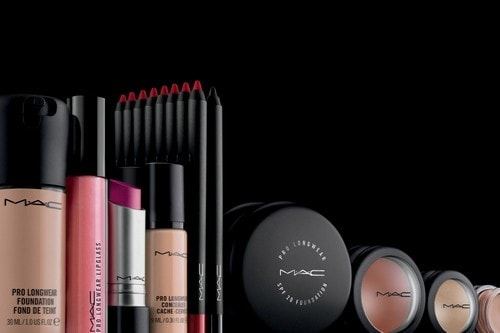 MAC (Makeup Art Cosmetics)