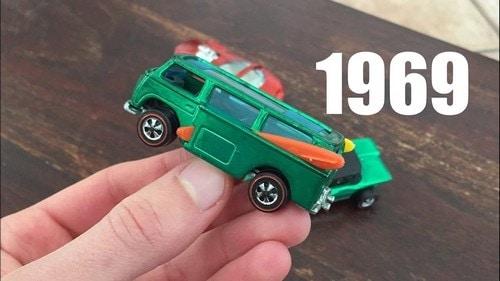 #15. 1969 Volkswagen Beach Bomb Hot Wheels