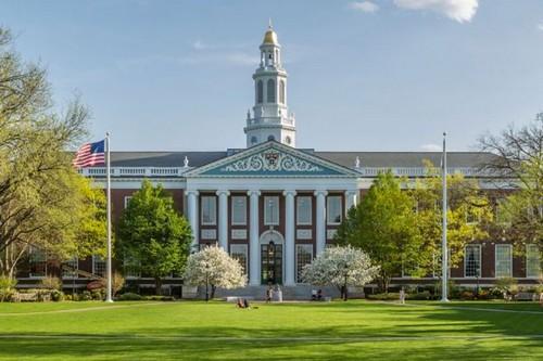 #3 Harvard University, US