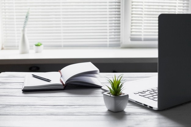 How to Implement Hot Desking in your Office