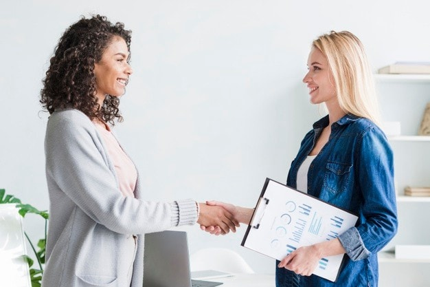 Employee survey questions related to employee satisfaction