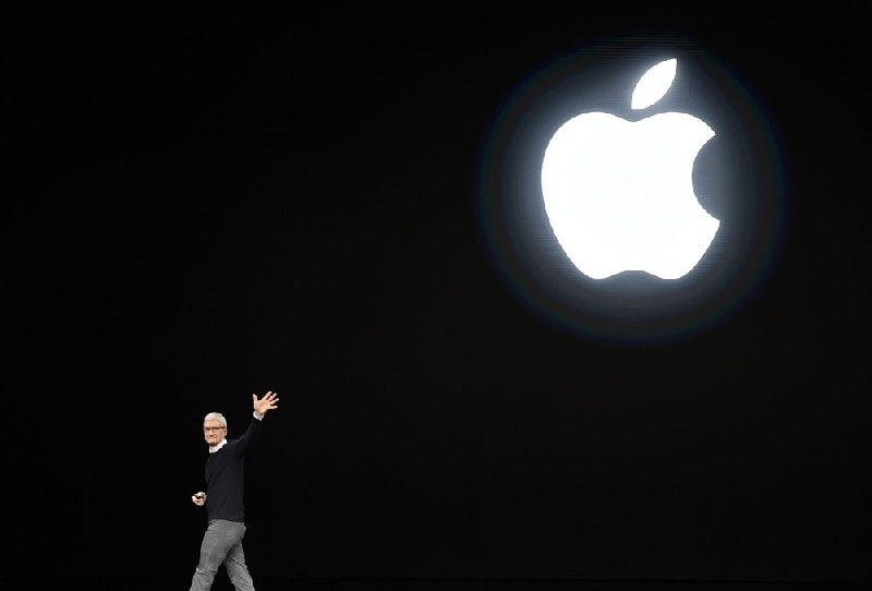 Unique Features of Apple Advertising Strategy