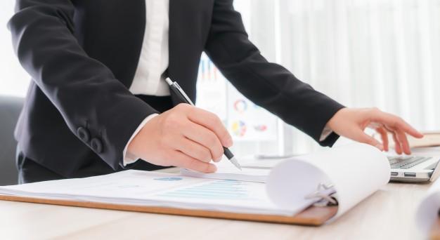 Checklist for hiring an executive coach