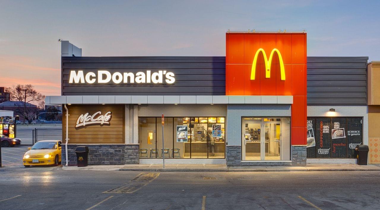 5 C's of Marketing Example: McDonald's